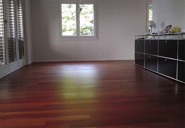 mit der richtigen parkettpflege von a plus bleibt ihr holzboden sch n. Black Bedroom Furniture Sets. Home Design Ideas
